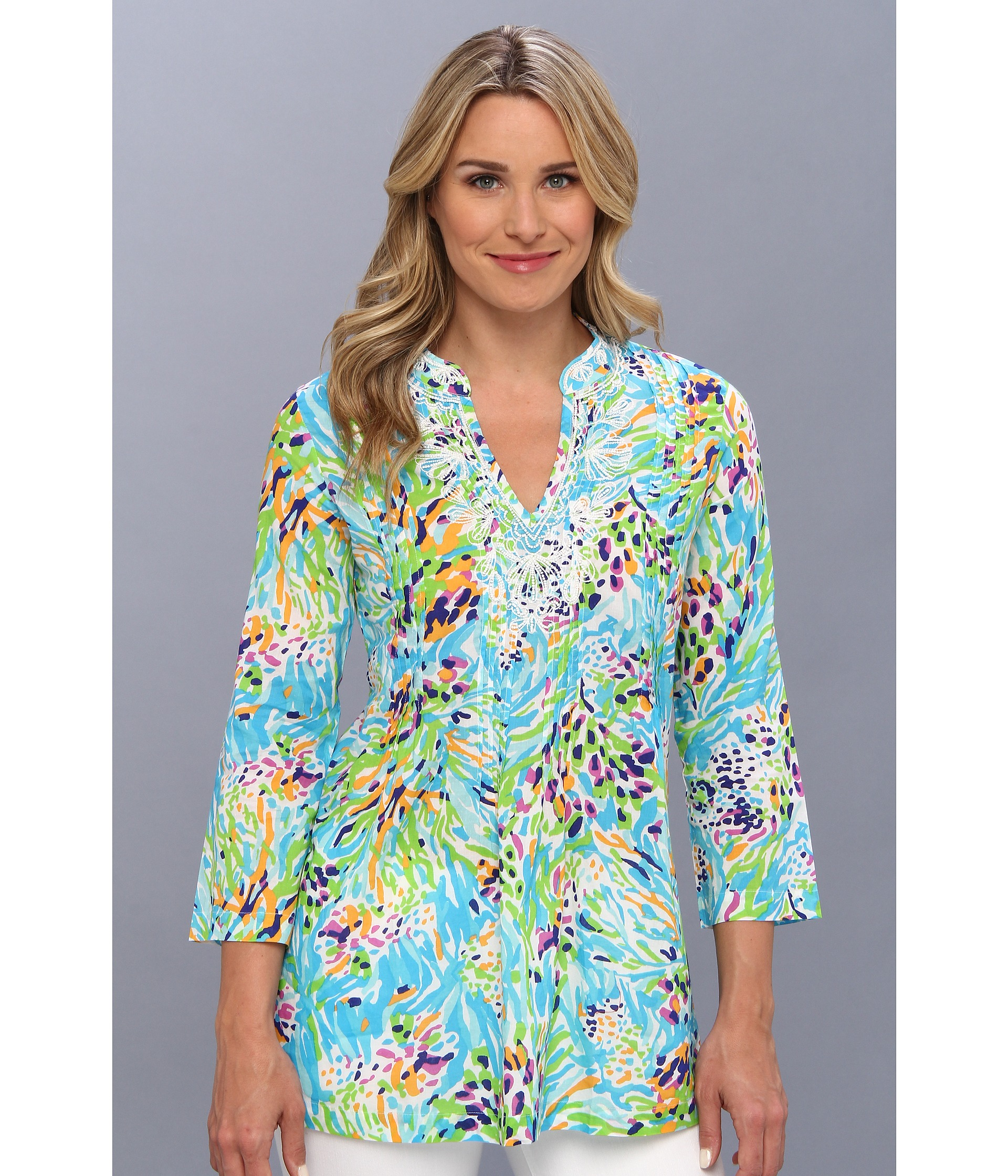 3f373bce82d66d This Lilly Pulitzer one would also do just fine in this category:  2651717-p-4x