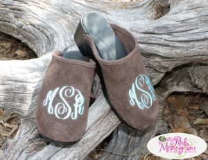 Monogrammed+Clogs+-Create+your+own+pair+of+Monogrammed+Clogs.
