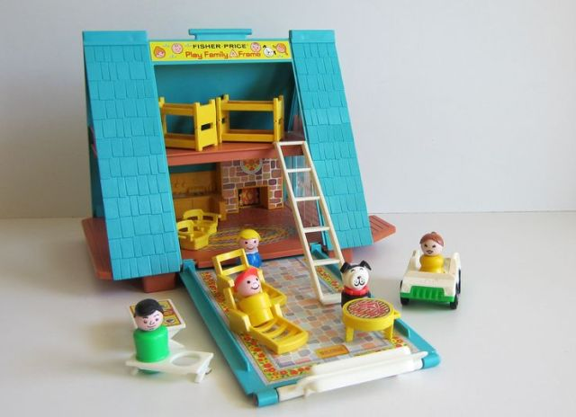 vintage-dollhouse